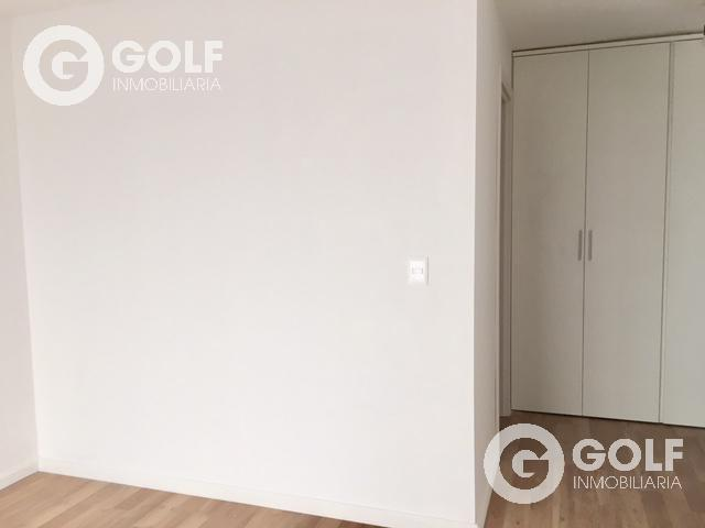 Foto Departamento en Venta en  Pocitos ,  Montevideo  Apartamento de 2 dormitorios con patio y terraza al frente, garaje doble