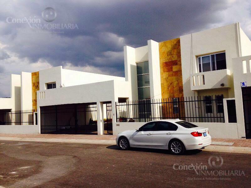 Foto Casa en Renta en  Santa Fe,  Querétaro  Casa en Renta la Castellana