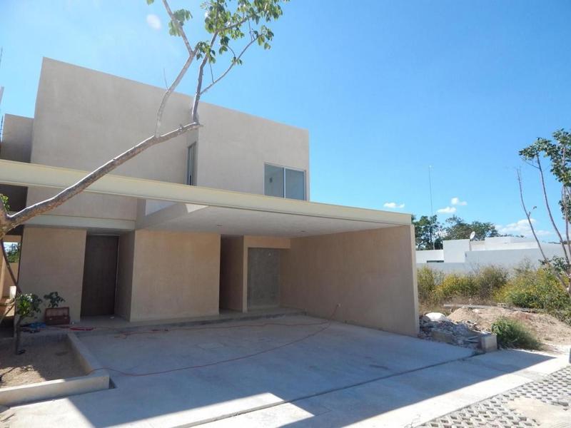 Foto Casa en Venta en  Pueblo Temozon Norte,  Mérida  Casa en Venta en Temozón Norte, estilo moderno, alberca, Casa Jícara