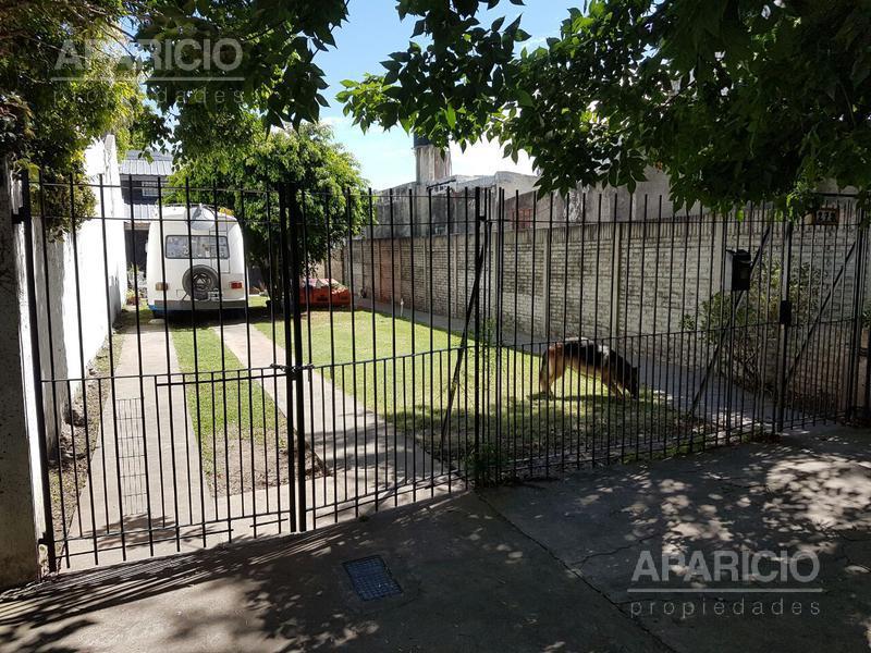 Foto Casa en Venta en  La Plata ,  G.B.A. Zona Sur  37 entre 20 y 21