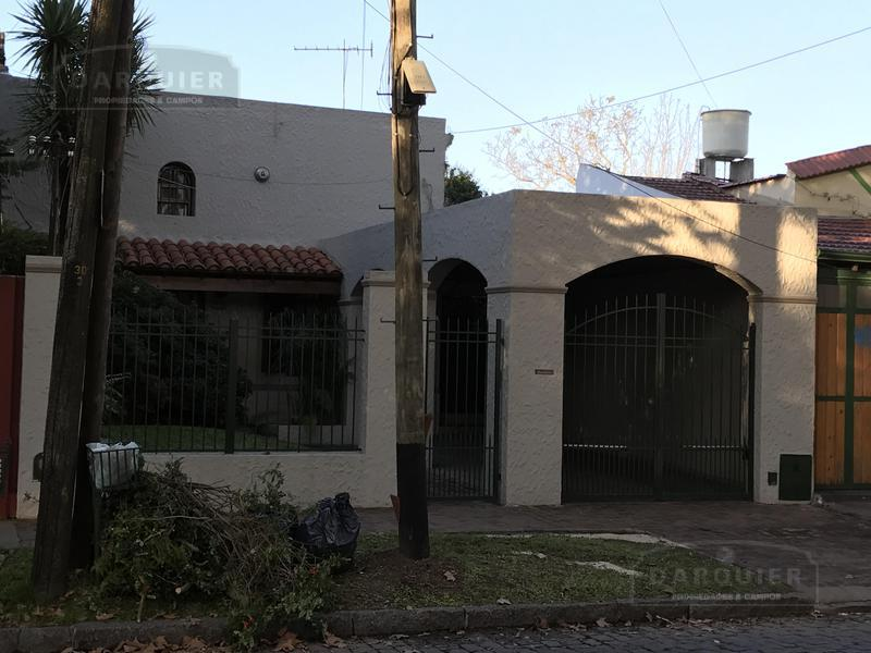 Foto Casa en Venta en  Adrogue,  Almirante Brown  EREZCANO 341