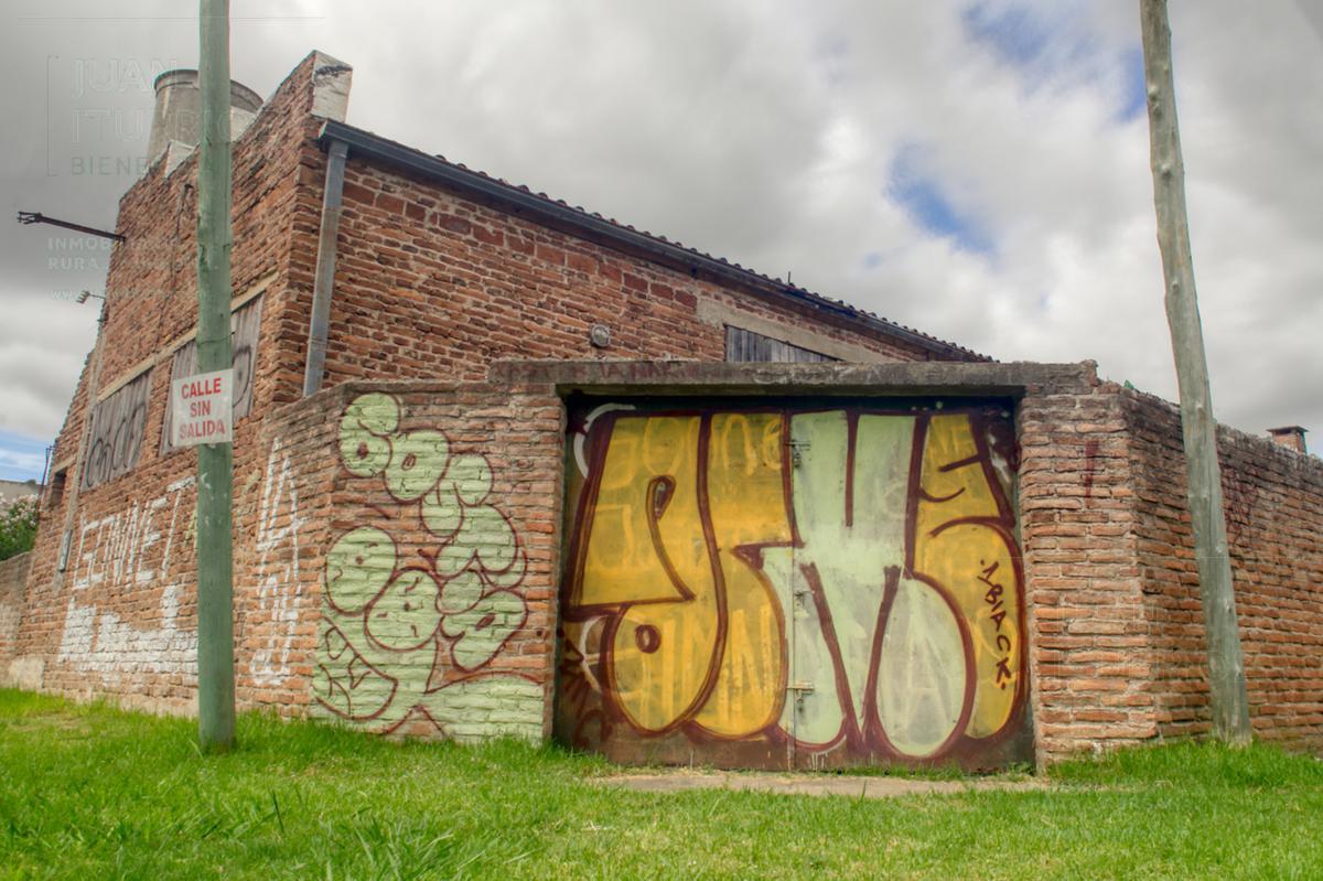 Foto Galpón en Alquiler en  City Bell,  La Plata  24 y 492 - City Bell