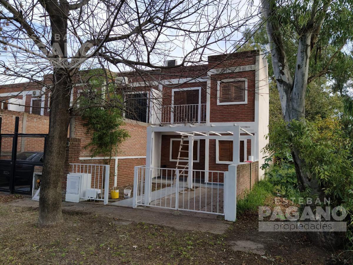Foto PH en Venta en  Villa Elvira,  La Plata  7 e 98 y 99 Nº 3283, depto 1
