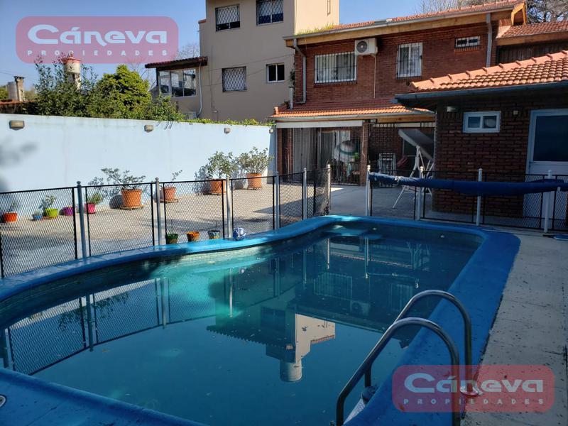 Foto Casa en Venta en  Olivos,  Vicente Lopez  Fray Justo sarmiento al 4200