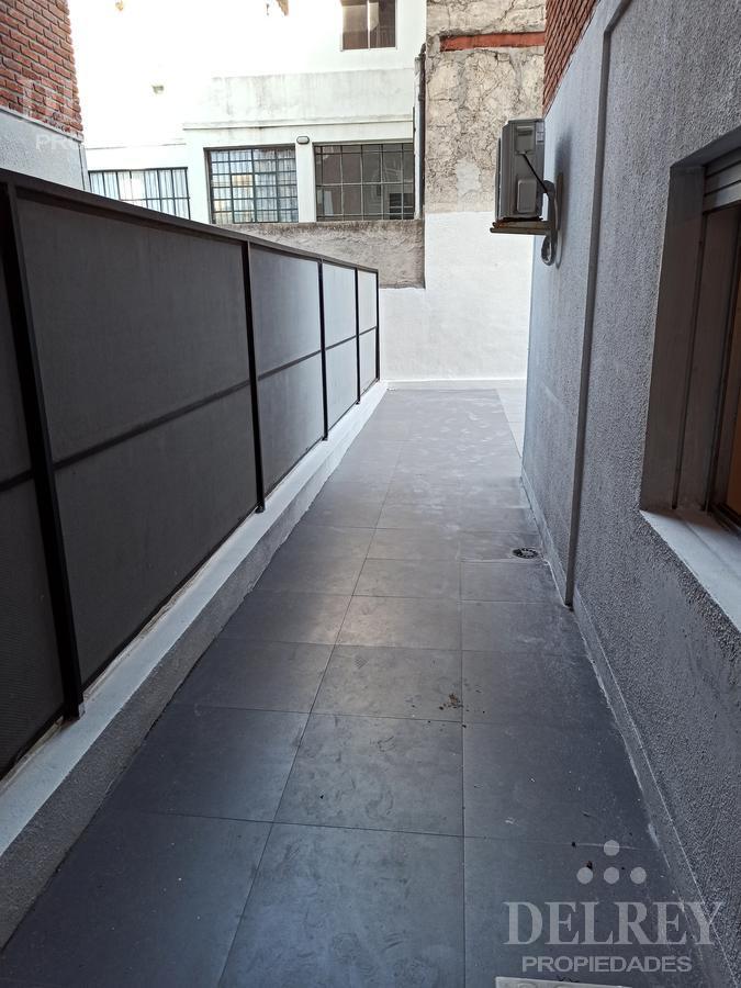 Foto Departamento en Alquiler en  Cordón ,  Montevideo  Canelones y Magallanes Aprox