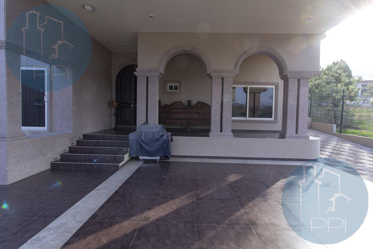 Foto Casa en Venta en  Cola de Caballo,  Santiago  Residencia en VENTA,  Cola de Caballo , Cieneguilla, Santiago, NL.