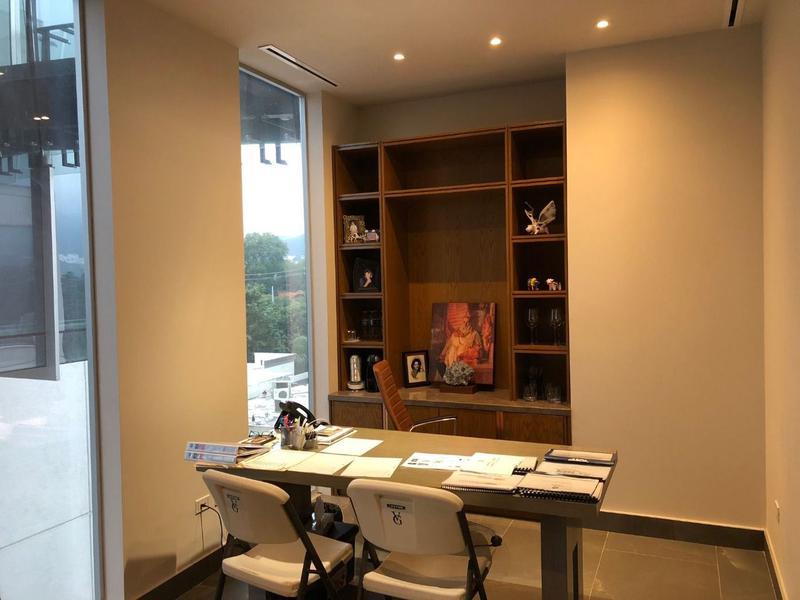 Foto Oficina en Renta   Venta en  La Rioja Privada Residencial 1era. Etapa,  Monterrey  OFICINA EN RENTA EN CARRETERA NACIONAL -  QUADRA TOWERS