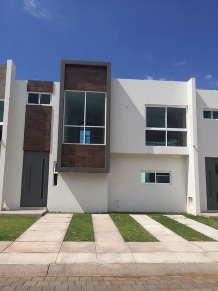 Foto Casa en Venta |  en  Residencial Orandino,  Jacona  Casa en venta en Jacona Fraccionamiento Residencial Orandino