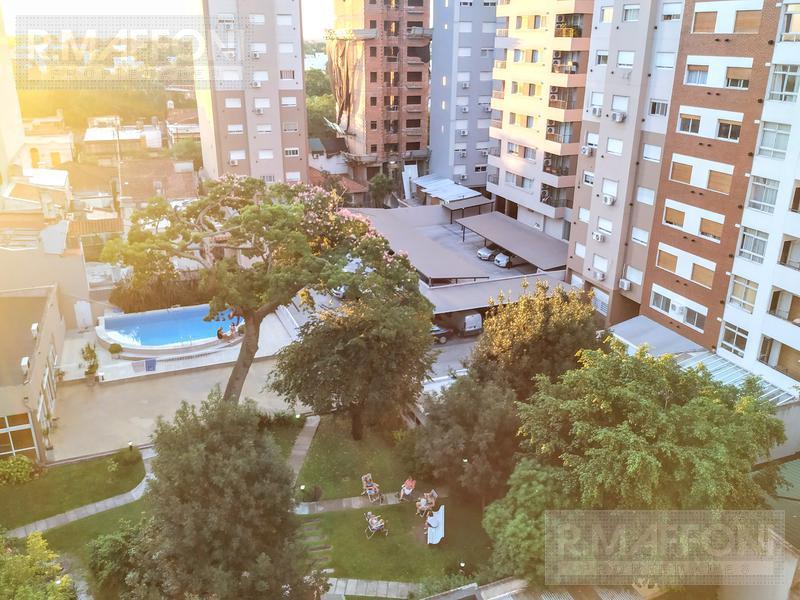 Foto Departamento en Venta en  Lomas De Zamora ,  G.B.A. Zona Sur  Sarmiento al 200