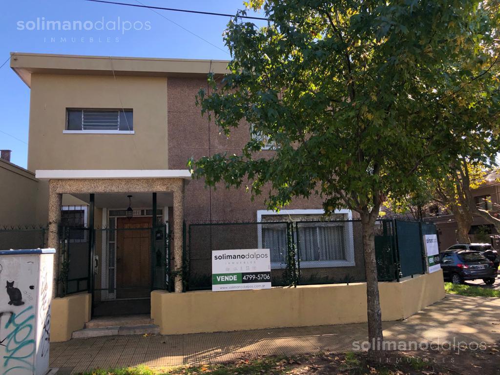 Foto Casa en Venta en  Olivos-Vias/Maipu,  Olivos  Roma al 800