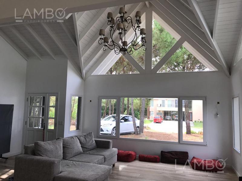 Foto Casa en Alquiler temporario en  Costa Esmeralda,  Punta Medanos  Costa Esmeralda