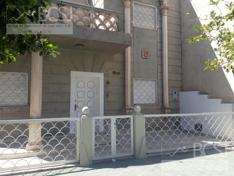 Foto Casa en Alquiler en  Capital ,  San Juan  Mendoza casi San Luis