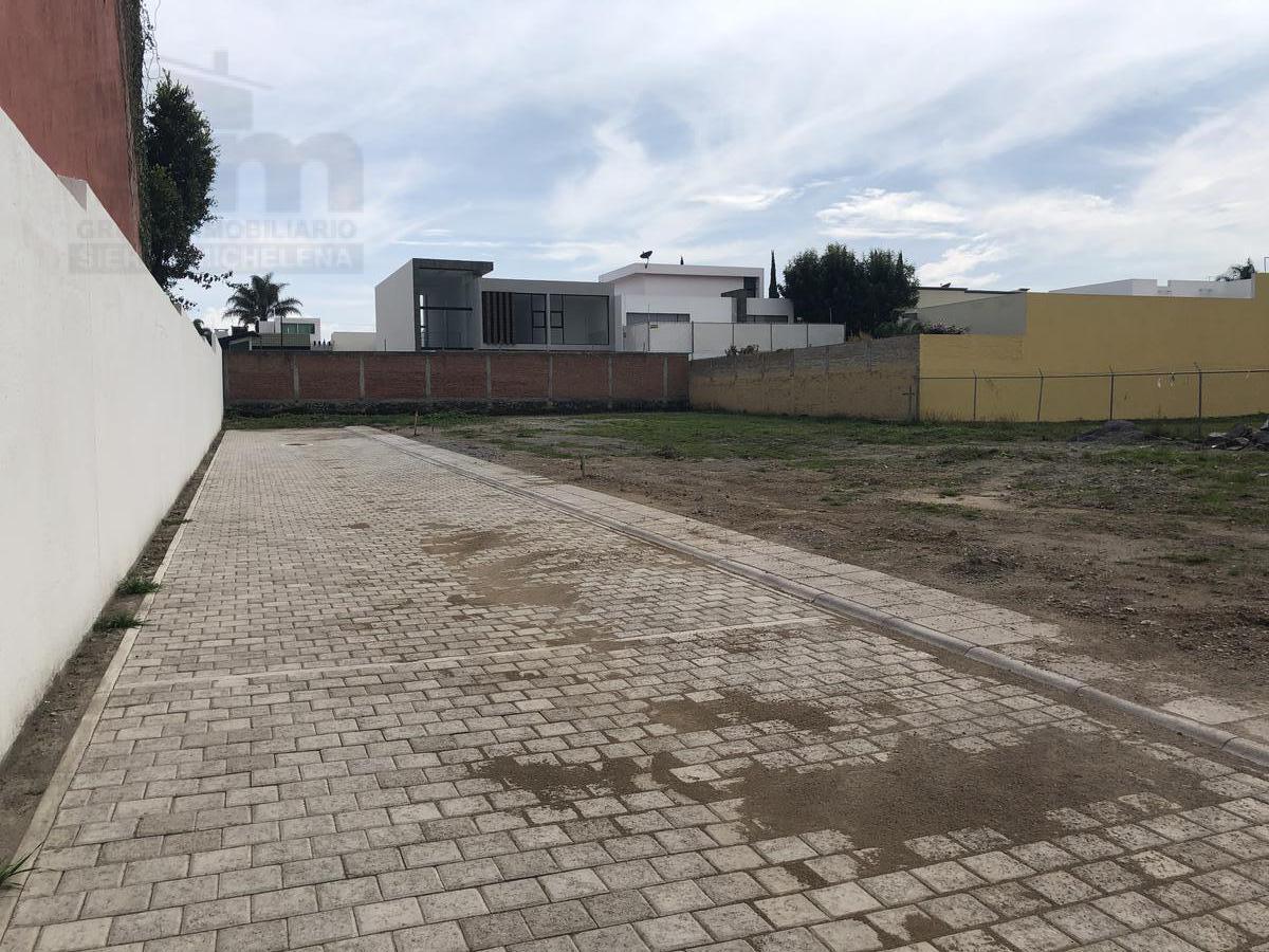 Foto Terreno en Venta en  Cuautlancingo ,  Puebla  Santa Cruz Guadalupe, Zavaleta