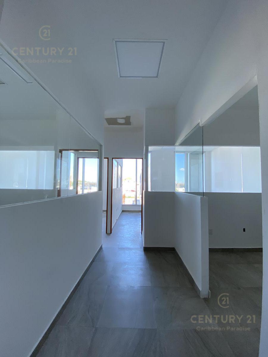Supermanzana 301 Office for Sale scene image 9