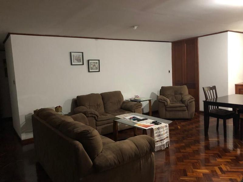 Foto Departamento en Renta en  Zona 10,  Ciudad de Guatemala  APARTAMENTO AMUEBLADO EN VENTA O RENTA EN DIAGONAL 6 ZONA 10