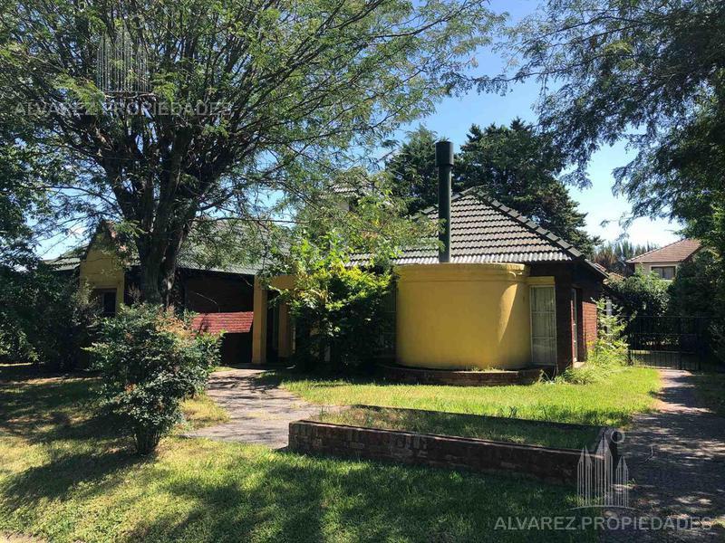 Foto Casa en Venta en  Francisco Alvarez,  Moreno  Amla Fuerte al 3900
