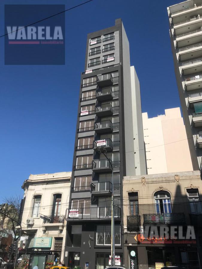 Foto Local en Venta en  San Cristobal ,  Capital Federal  Av. Independencia 2700