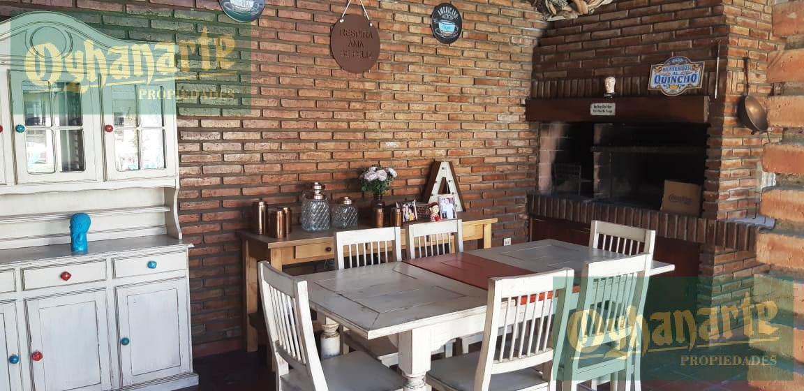 Foto Casa en Venta en  Ituzaingó ,  G.B.A. Zona Oeste  Paulino Rojas al 500