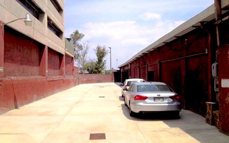 Foto Terreno en Renta en  Lomas de Sotelo,  Naucalpan de Juárez  Naucalpan, 1,100m2, Uso Comercio y Servicios, Construya 3,464m2