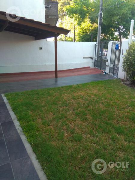 Foto Casa en Venta en  Parque Batlle ,  Montevideo  Excelente casa en Parque Batlle