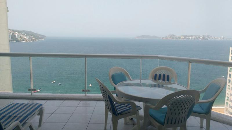 Foto Departamento en Venta en  Acapulco de Juárez ,  Guerrero  Depto Century Resort/Porto Bello