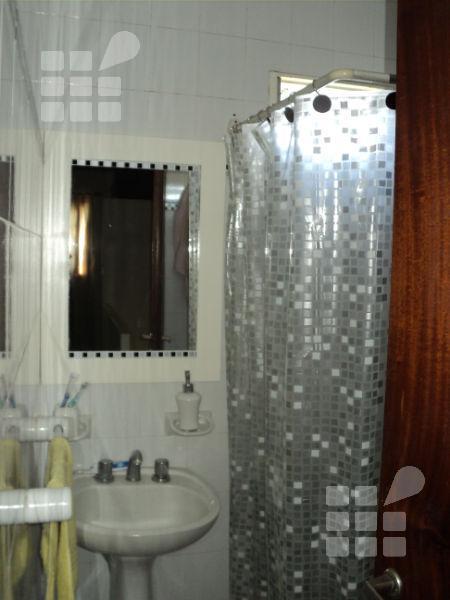 Foto PH en Venta en  La Plata ,  G.B.A. Zona Sur  22 Nº al 300