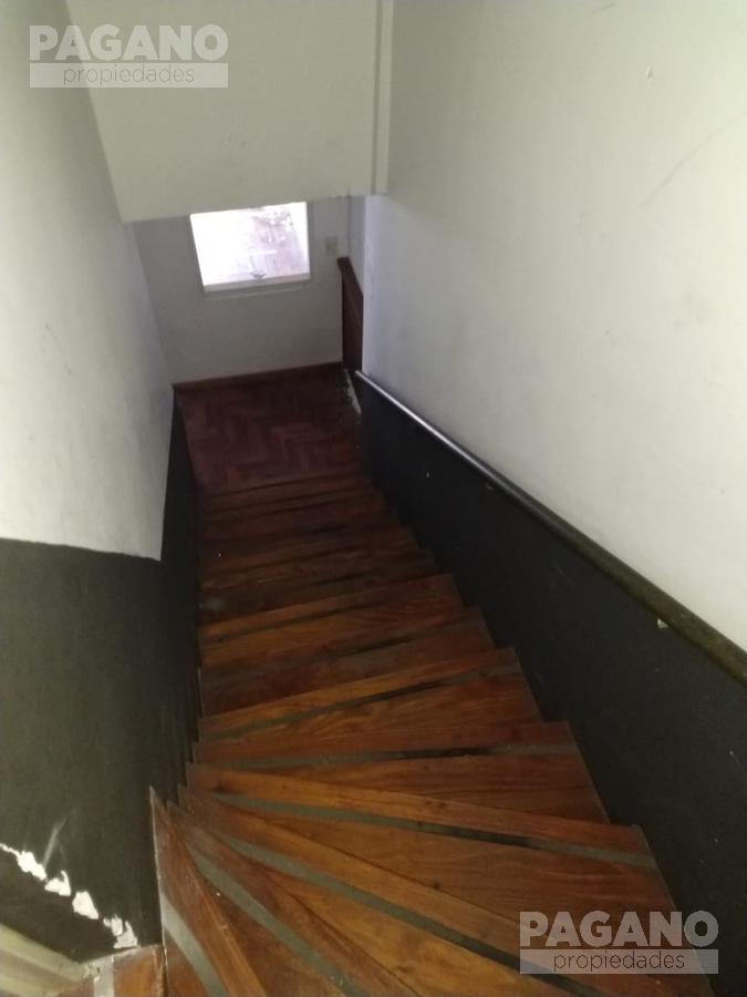 Foto Local en Alquiler en  La Plata ,  G.B.A. Zona Sur  7 N° 376 e/ 39 y 40