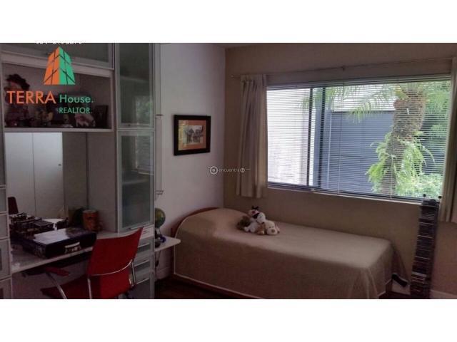 Foto Casa en Venta en  San Antonio,  Escazu  SE VENDE CASA DE UNA PLANTA EN ESCAZU, CINCO HABITACIONES EXC. ESTADO.