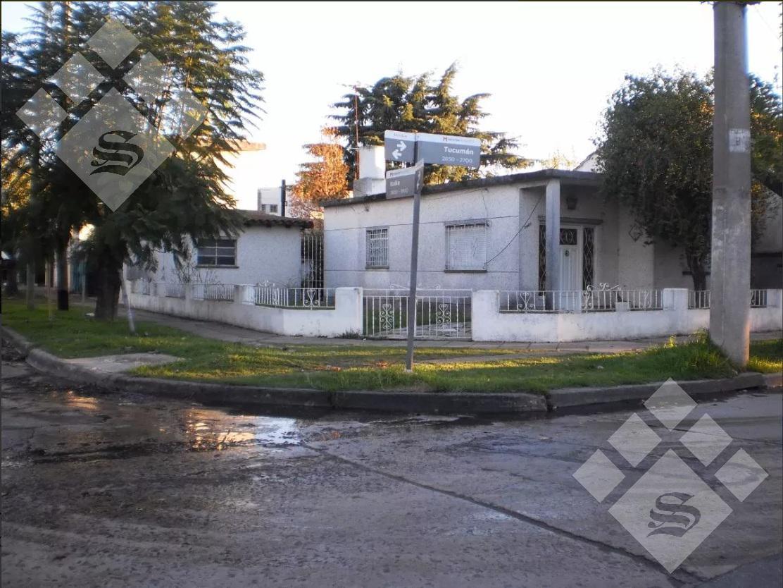 Foto Casa en Venta en  Castelar Norte,  Castelar  Tucuman al 2600