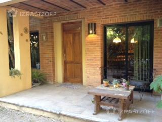 Casa-Alquiler-Pilar-la esquina
