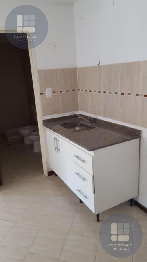 Foto Departamento en Venta en  Villa Carlos Paz,  Punilla  LOPE DE VEGA 25