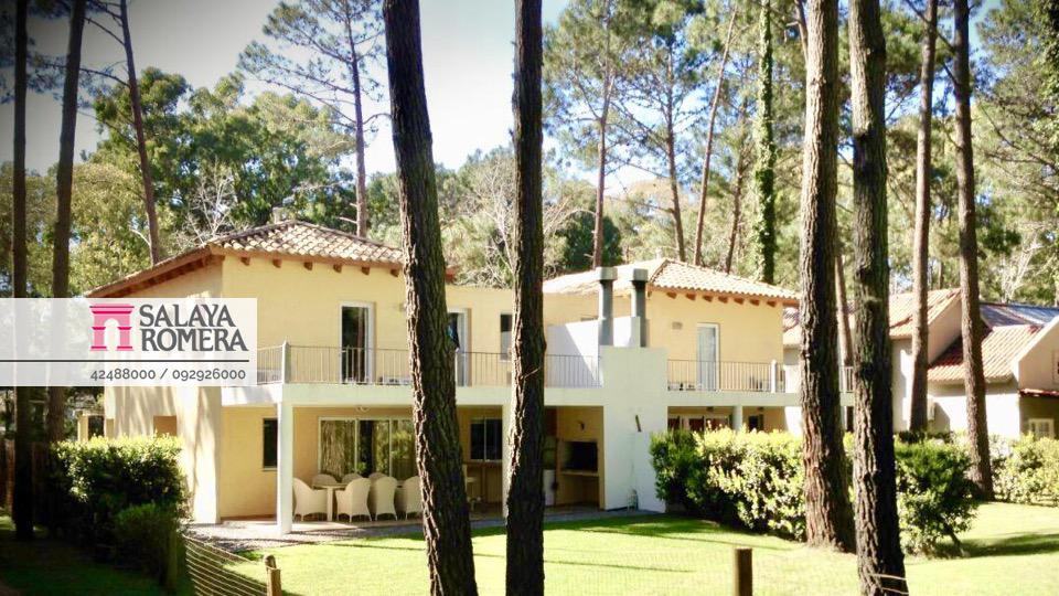 Foto Casa en Alquiler temporario en  Punta del Este ,  Maldonado  Complejo Solanas