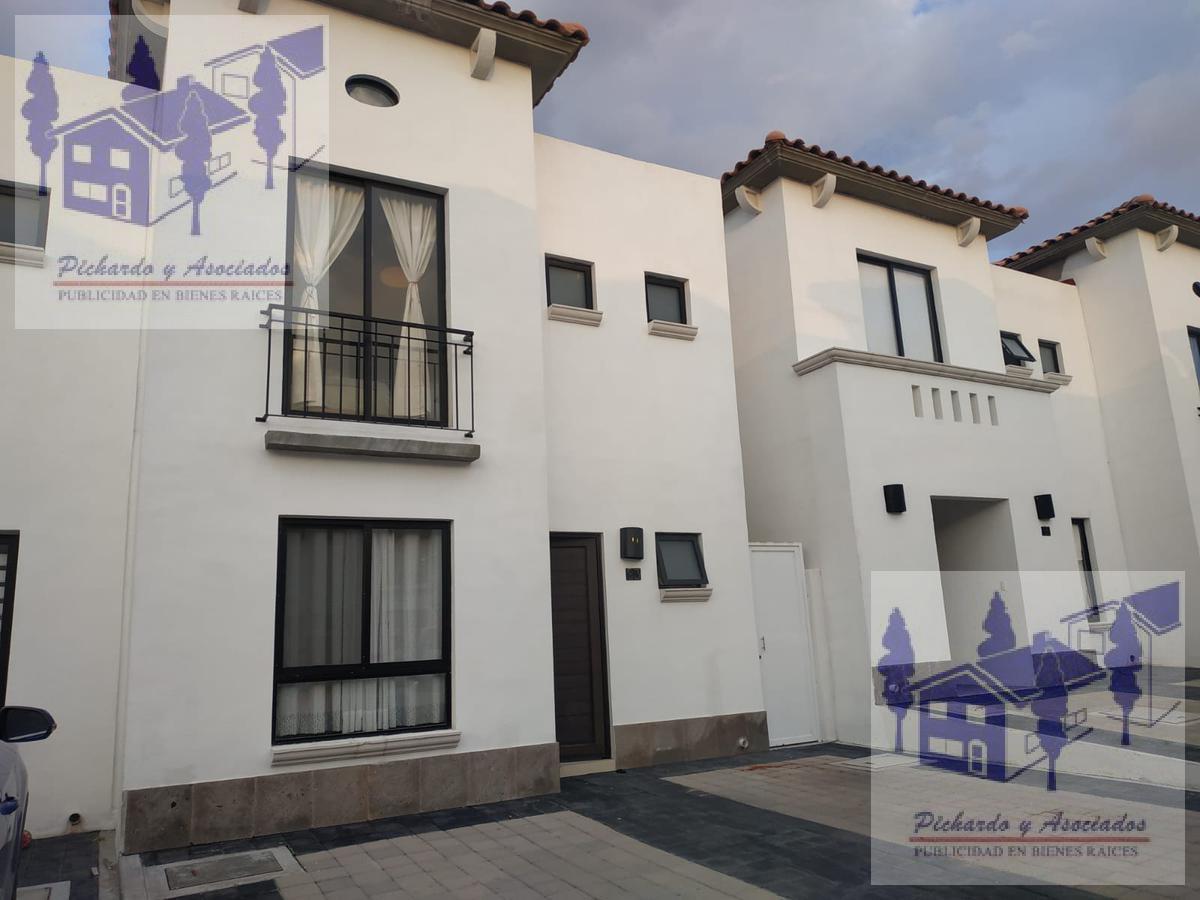 Foto Casa en Renta en  Juriquilla,  Querétaro  Fraccionamiento Lomas de San Isidro, Juriquilla