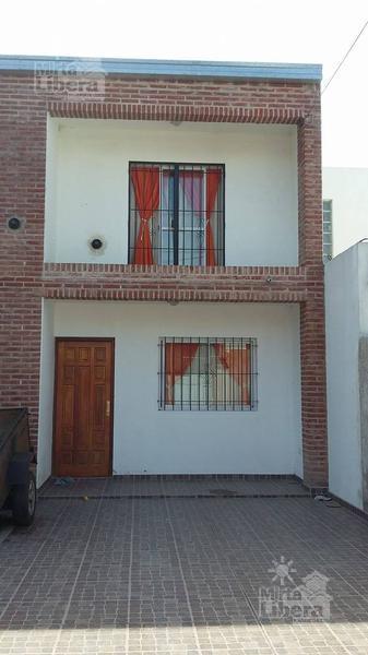 Foto Casa en Venta en  La Plata ,  G.B.A. Zona Sur     Calle 84 entre 119 y diag 620