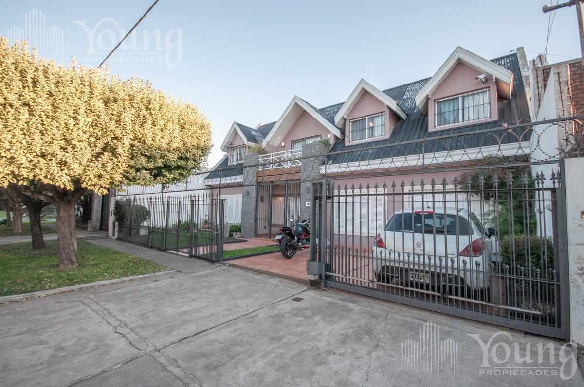 Foto Casa en Venta en  Berazategui ,  G.B.A. Zona Sur  calle al 300