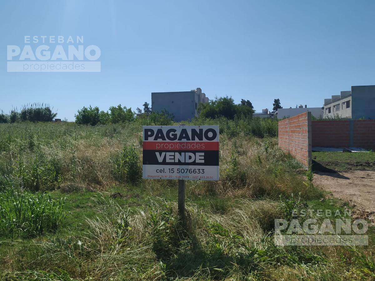 Foto Terreno en Venta en  La Plata ,  G.B.A. Zona Sur  37 entre 140 y 141