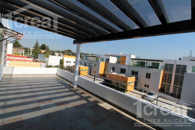 Foto Casa en Venta en  Residencial Tirés,  Lerma  Residencial Tires 3 Niveles Casa en Venta