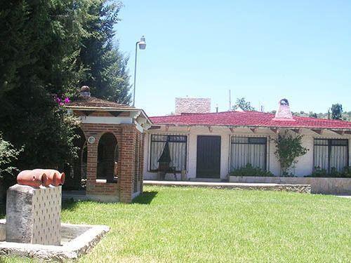 Foto Casa en Renta en  Fraccionamiento Los Viñedos,  Tequisquiapan  En renta con o sin muebles, amplio jardín