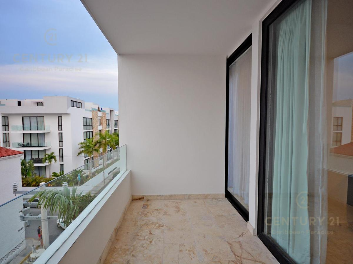 Playa del Carmen Apartment for Sale scene image 26