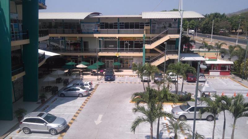 Foto Local en Venta en  Norte de Guayaquil,  Guayaquil  VENTA LOCAL COMERCIAL PRIMER PISO EXCELENTE INVERSIÓN