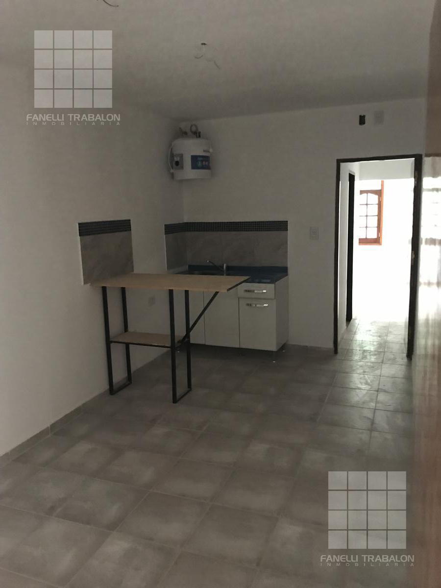 Foto Departamento en Alquiler en  Ensanche Sur,  Presidencia Roque Saenz Peña  5 e/10 y 12