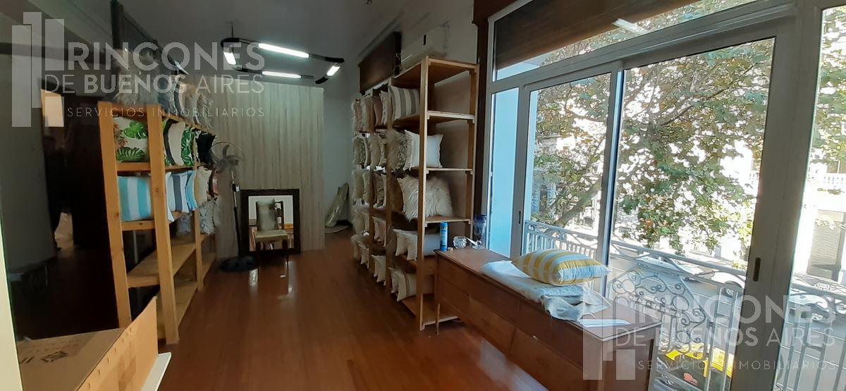 Foto Oficina en Alquiler en  Monserrat,  Centro (Capital Federal)  Avenida de Mayo al 900
