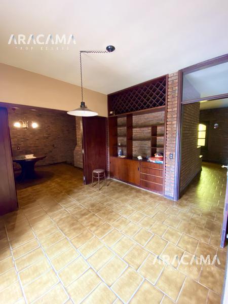 Foto Casa en Venta   Alquiler en  Monte Grande,  Esteban Echeverria  Belgrano al 500