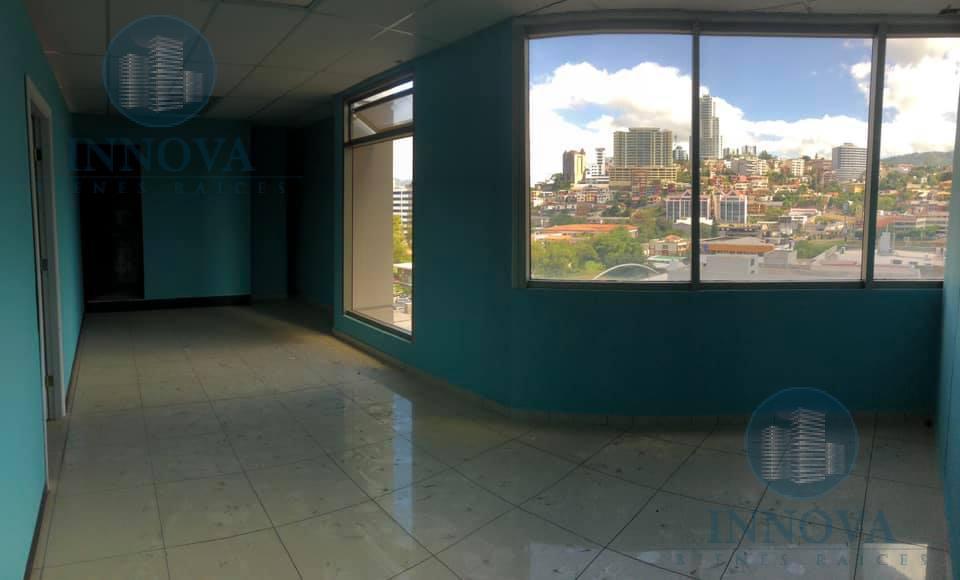 Foto Oficina en Renta en  Las Uvas,  Tegucigalpa    Oficina En Renta Torre Metropolis Bulevar Suyapa Tegucigalpa