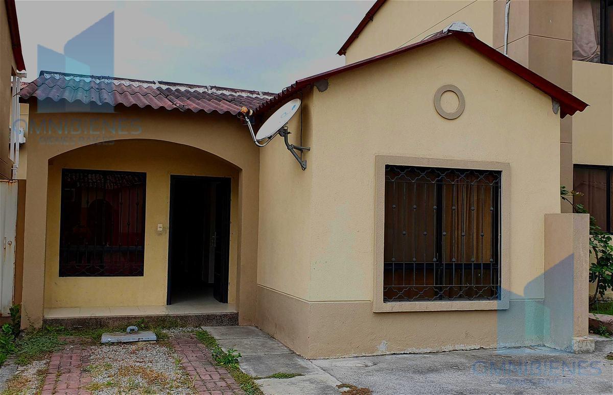 Foto Casa en Venta en  Norte de Daule,  Daule  Urbanización Villa Club Etapa Kriptón