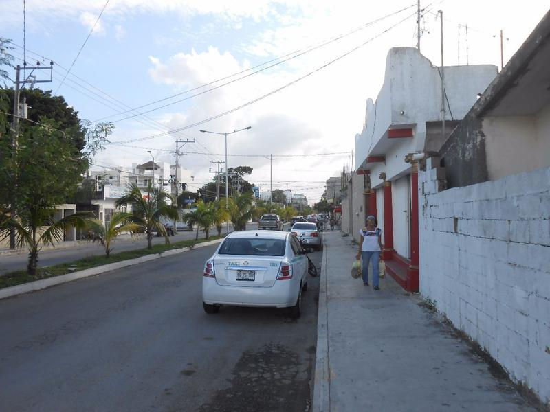 Foto Local en Venta en  Luis Donaldo Colosio,  Solidaridad  VENTA DE LOCAL MIXTO COMERCIAL LUIS DONALDO COLOSIO PLAYA DEL CARMEN