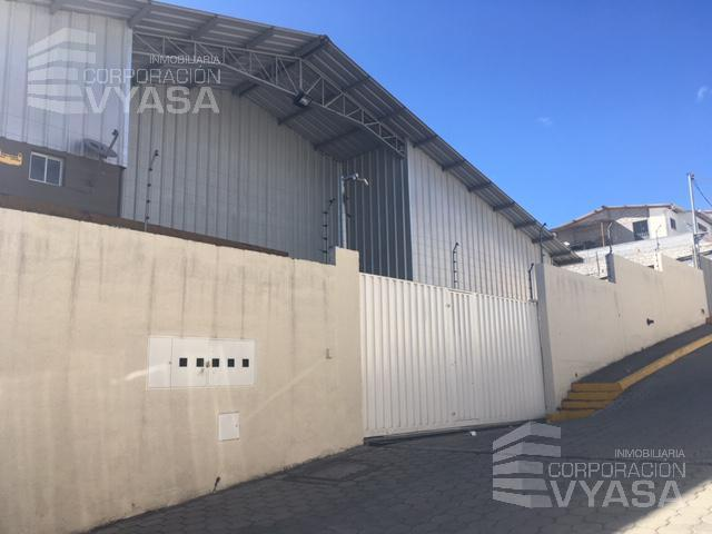Foto Bodega en Alquiler en  Norte de Quito,  Quito  Cristiania - Cerca a la   Av. Eloy Alfaro , exclusiva bodega de 434,00 m2