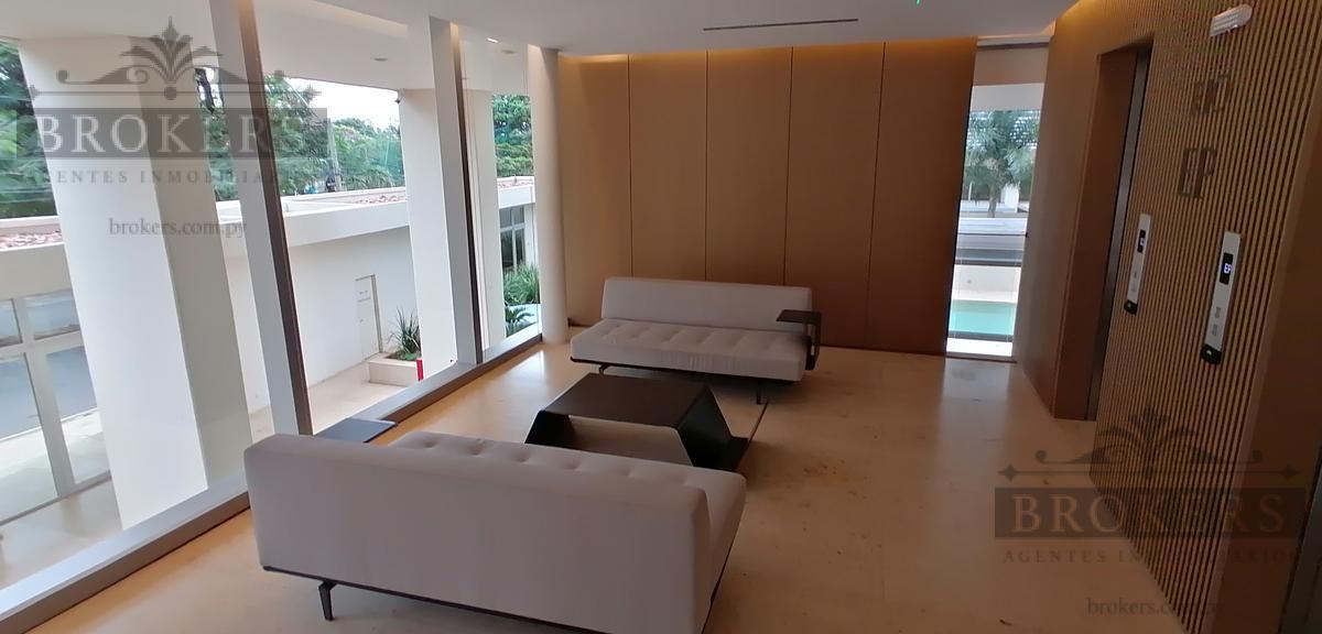 Foto Departamento en Venta en  Mburucuya,  Santisima Trinidad  Vendo lujoso Dpto de 3 dorm en suite + A/S completa zona Stma. Trinidad