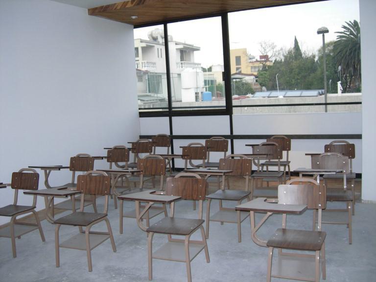 Foto Casa en Renta en  Ciudad Satélite,  Naucalpan de Juárez  Casa con uso de suelo para Escuela