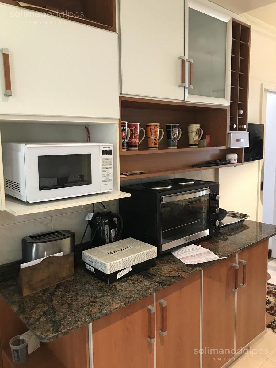 Foto Oficina en Venta en  Mart.-Vias/Santa Fe,  Martinez  Vieytes 100